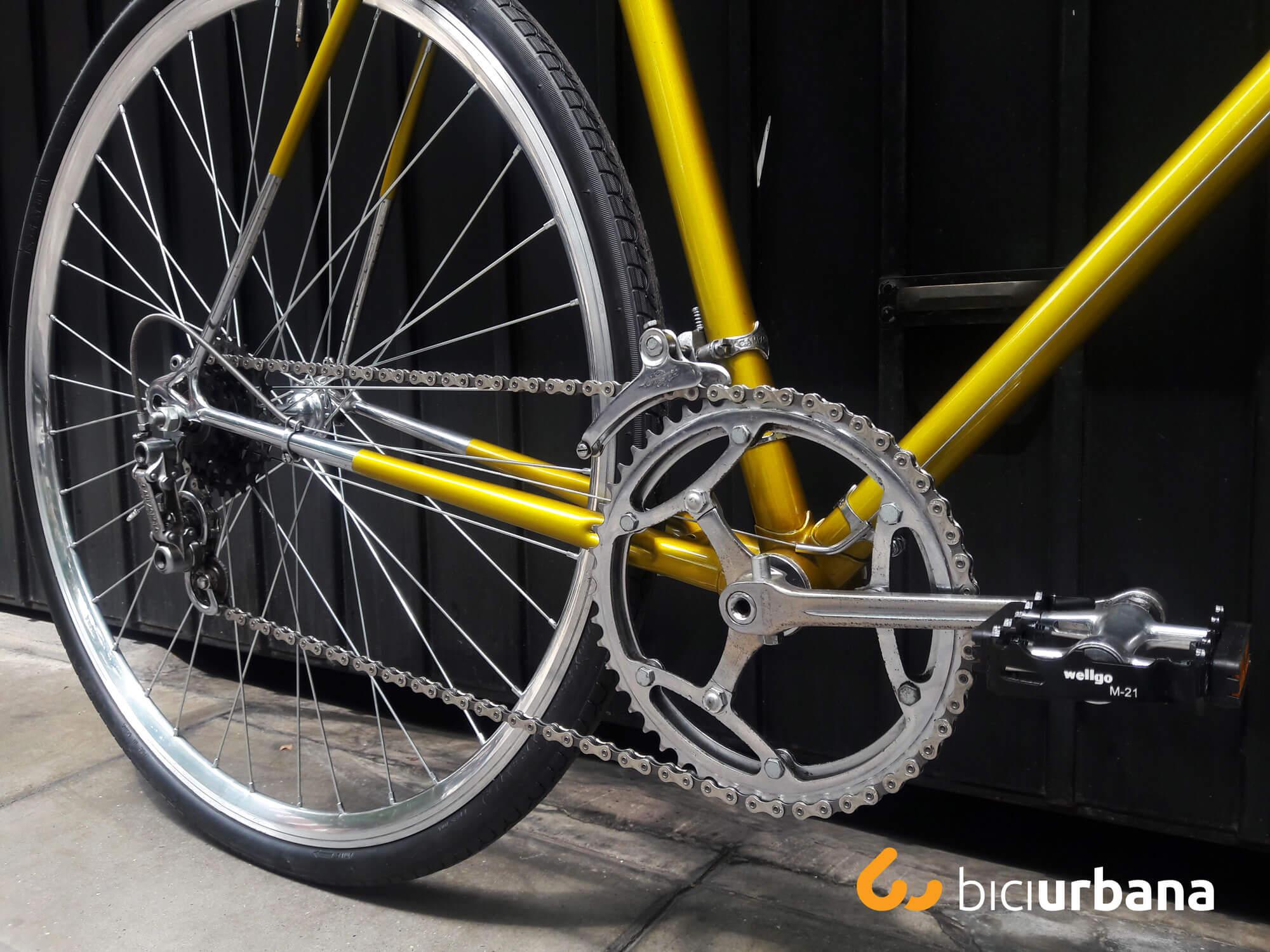 Trabajos de pintura en bicis - Bici Urbana