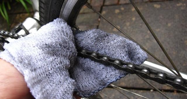 Limpieza de cadena de bicicleta